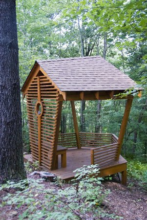 Bed and Breakfast on Tiffany Hill: Our outdoor Bird Pavilion in the lower gardens