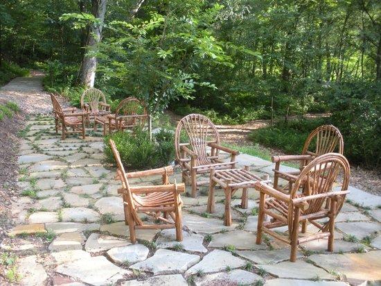 Bed and Breakfast on Tiffany Hill: Secret Garden