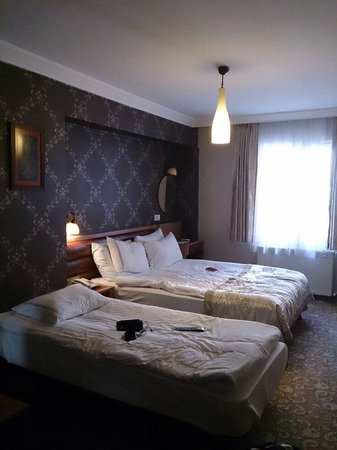 Q Inn Hotel Old City: Для двоих нишитяк;)