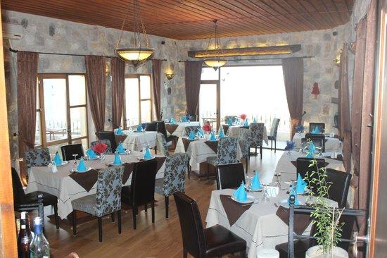 Sira Otel: restoran