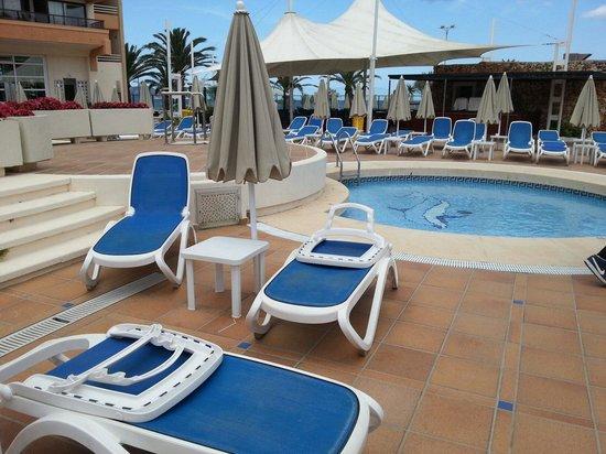 Hotel Globales Sumba: kids pool