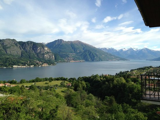 Hotel Il Perlo Panorama: Waking up to this every morning was amazing