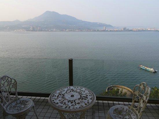 La Flower Sea Resort Danshui : View from balcony