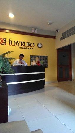 Huayruro Hostal : Reception