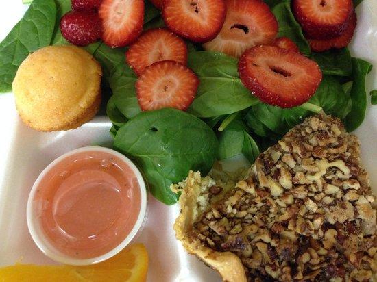 The Courtyard Restaurant: Chicken Pecan Quiche & Strawberry Spinach Salad