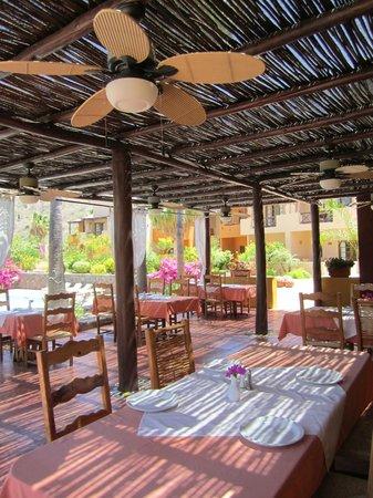 Hotel Tripui: Restaurant