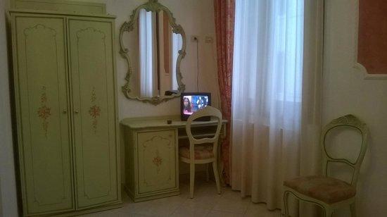Hotel Al Vagon: interno camera da letto