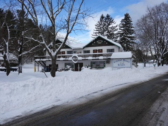 Crystal Brook Resort & Mountain Brauhaus: Crystal Brook in the Winter