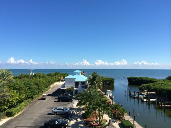 Ocean Pointe Suites at Key Largo: Beutiful morning, noon, and night