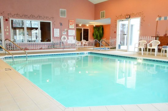 Somerset Inn & Suites: Indoor Pool and Hot Tub