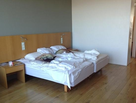 Silica Hotel: room for couple