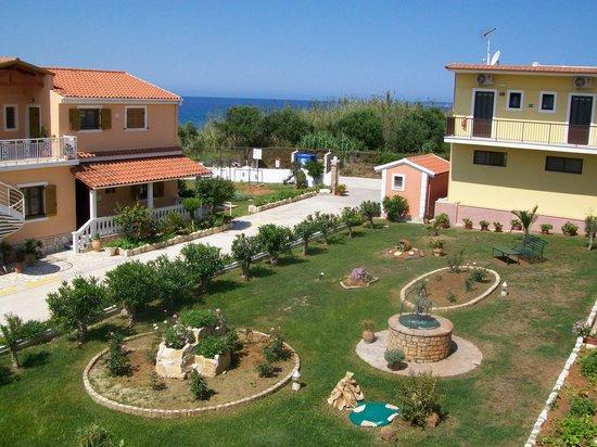 Kaloudis Village Apartments: The gardens below our balcony