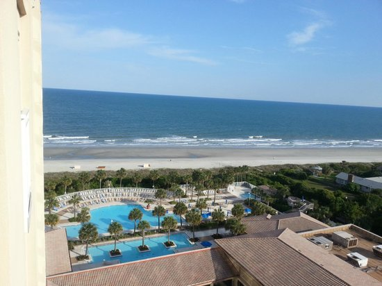Marriott's OceanWatch Villas at Grande Dunes: A view from my room