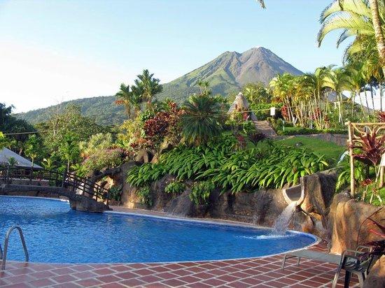 Los Lagos Hotel Spa & Resort : Blick auf den Vulkan vom Zimmer aus