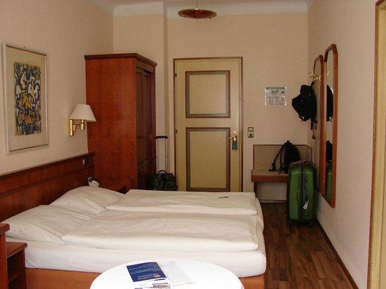 Hotel Müller: Habitación
