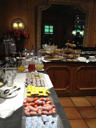 Hotel Mueller: Desayuno