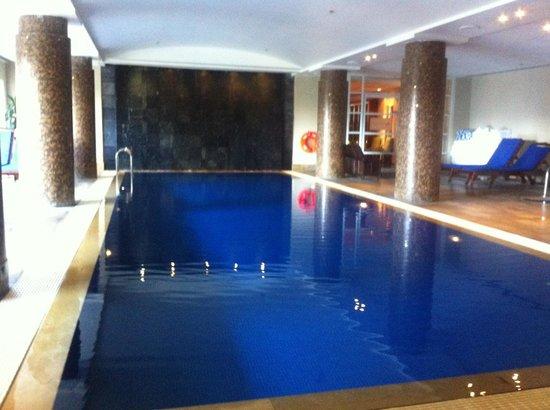 Amora Hotel Jamison Sydney: Pool area