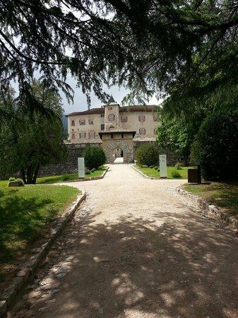 Castel Thun: Ingresso principale