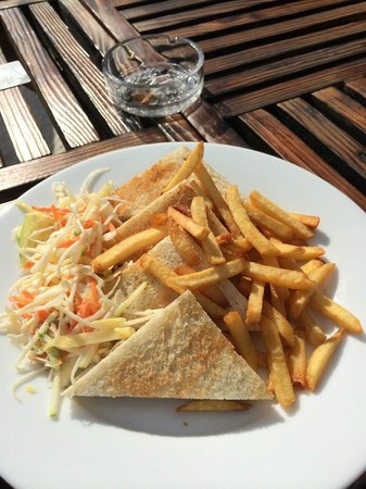 Kaani Beach Hotel : one part of the lunch