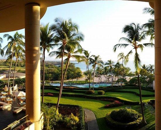 Hapuna Beach Prince Hotel : From the Lobby Balcony