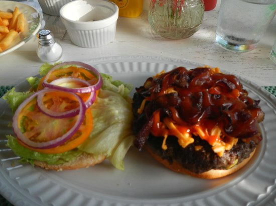Ahhh Bees : Bacon Cheeseburger-AWESOME!