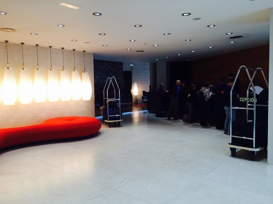 Gran Hotel Domine Bilbao: Lobby