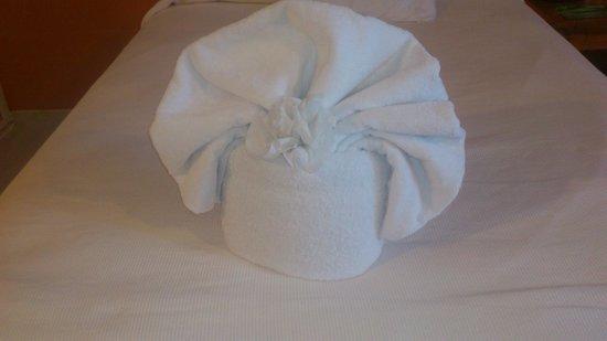 Catalonia Yucatan Beach: toallas de adorno
