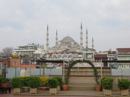 Armada Istanbul Old City Hotel: View from the rooftop...