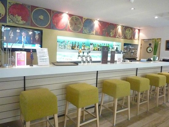Mercure Amiens Cathedrale : Bar area