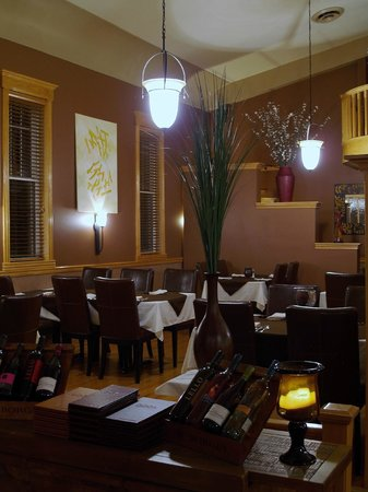 The Gallery Restaurant: Part of the Dinning Room