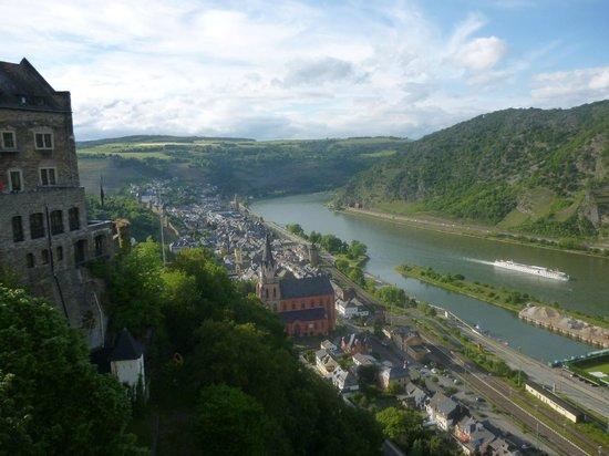 Burghotel Auf Schönburg: View of the Rhine from the terrace