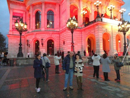 Alte Oper: Opera antiga