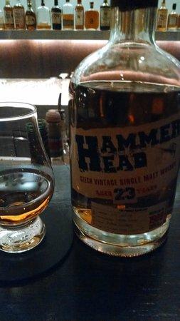 Grand Hyatt Berlin: Whisky at the hotel's Vox restaurant