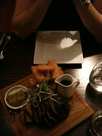 Salt Bar and Restaurant: Beautifully Presented Chateaubriand