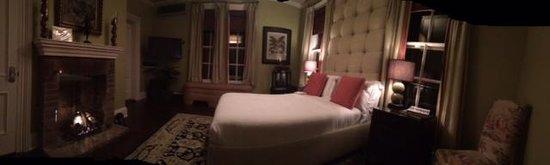 Jedediah Hawkins Inn & Restaurant: Cider Room