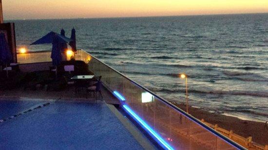 Hilton Alexandria Corniche : Sunset at Hilton Alex Corniche