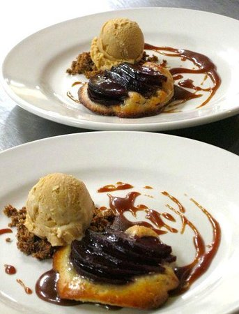 Cloudland Farm : Red wine poached apple tarts with caramel ice cream