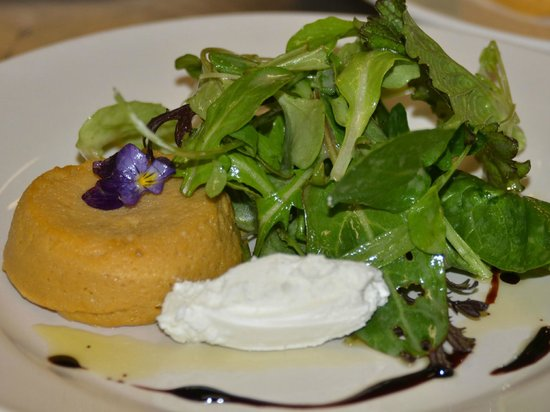 Cloudland Farm : Carrot flan with local greens & chèvre