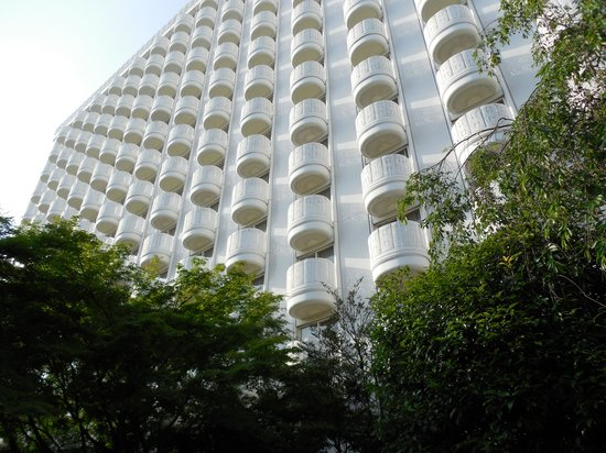 Grand Prince Hotel New Takanawa : Hotel balconies.  Pretty cool.