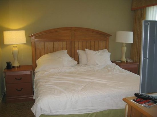 Homewood Suites by Hilton Palm Beach Gardens : comfy bed