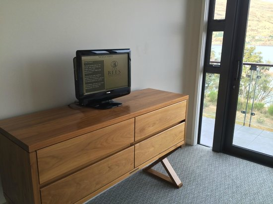 The Rees Hotel & Luxury Apartments: Tiny TV in the Bedroom