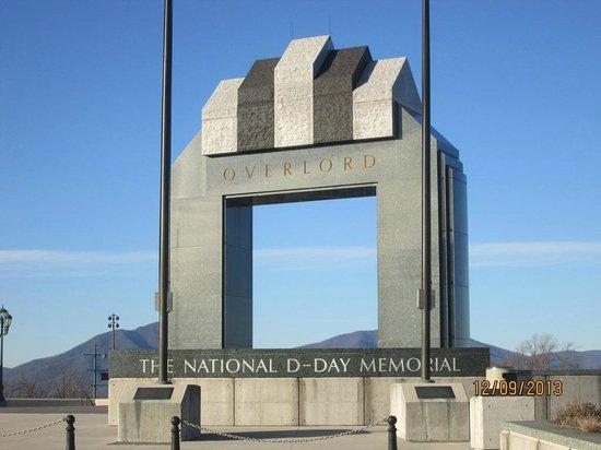 National D-Day Memorial: Entrance to memorial