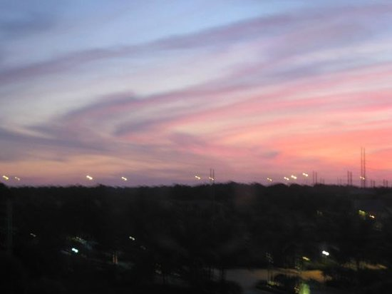 Homewood Suites by Hilton Palm Beach Gardens: view from our room during sunset
