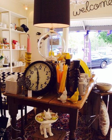 Rutherford&Maine: No time to waste - we're just a quick drive from Melbourne