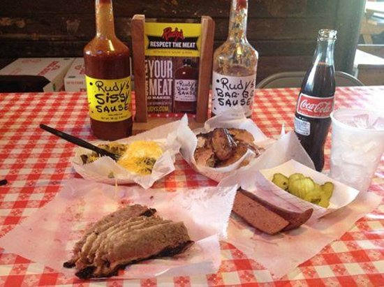Rudy's Country Store and Bar-B-Q : Awesome Dinner