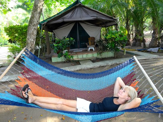 Rafiki Beach Camp: Relaxing Only Yards from the Beach and Ocean