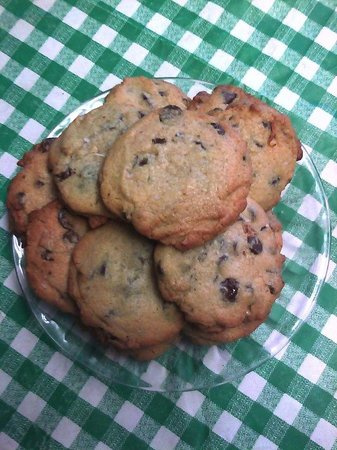 Northshore Pizza Cafe and Coffee House: Double Chocolate Sea Salt Cookies