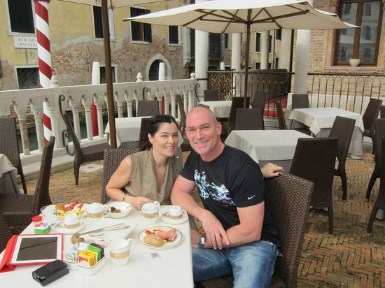 Hotel Palazzo Stern: The Awesome breakfast terrace