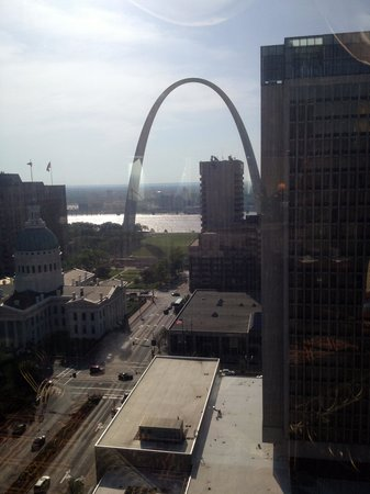 Hilton St. Louis at the Ballpark: Our view from the executive lounge.