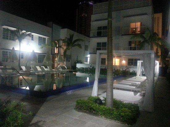 Pestana Miami South Beach: Area externa